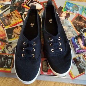 H&M Black Slip-Ons